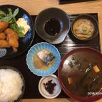 魚食処 一豊 - かきフライ定食(1080円)