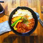 ティー コナック - 『豚肉のトマト煮プレート』