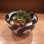 餃子と唐揚げの美味しいお店 肉玉屋 - 豚の角煮丼!