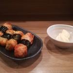 餃子と唐揚げの美味しいお店 肉玉屋 - 海苔巻薩摩揚げ!