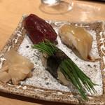 寿司処 たくみ - まぐろ、芽ねぎ、いか
