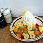 エッグスンシングス  - サマーフルーツパンケーキ