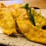 四ツ谷 ふく鶴 - 鶏と野菜の天ぷら盛り合わせ!