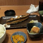 いちげん - 焼き魚定食(サバ、860円)