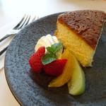 カフェ・ジャルダン - バターケーキ
