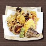 すしざんまい - 秋野菜とキノコの天ぷら