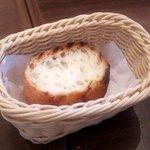 武蔵小杉バール・デルソーレ - セットのパン