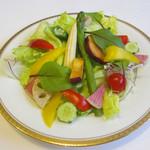 ハナワグリル特製サラダ