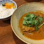 シュガー サケ アンド コーヒー - 豚タンココナツカレー