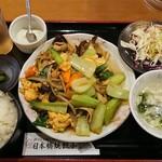 日本橋焼餃子 - 豚肉キクラゲ玉子炒め¥700-