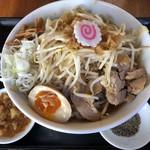 豚麺アジト -