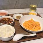 93941580 - 【Weekday Lunch set 菜 Mains】(1300円税込)+300円でミニ麻婆豆腐
