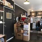 コーヒー ラボ フランク - コーヒーマシーンのフェラーリがある!w