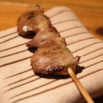 炭火焼き鳥 鶏尽 - 焼き鳥ハツ 190円