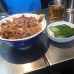 93949705 - 牛丼とお新香(有料)