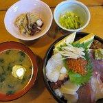 誉寿司 - ちらし寿司ランチ 1050円