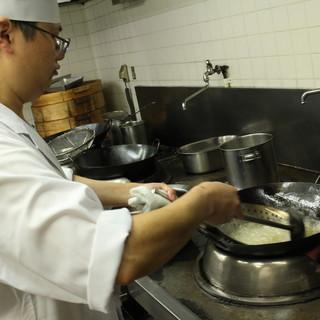 本場の味と技法を継承する料理人