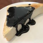 シルビア珈琲店 - モーニングサービスの黒ごまトースト