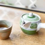 93952170 - お茶と急須