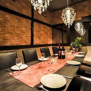 ◆全席完全個室◆シャンデリア煌めく上品な美食空間♪