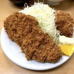 とんかつ山家 - ロースかつ定食(750円)+かきフライ(1個160円)✕2個