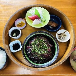 鈴之家旅館 - 料理写真:鈴之家定食1200円