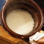 朝食 喜心 - 滋賀県彦根の「一志郎窯」の土鍋で炊いたご飯