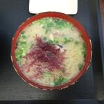 """志摩の海鮮丼屋 - 【あら汁】海鮮丼に乗っかっている""""ふのり""""を入れて食べるのが好きでございます。"""