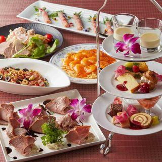 シェフ自慢の本格料理が味わえるコース1500円〜