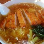 福建楼 - 排骨湯麺(豚肉ロースそば)('09/02訪問)
