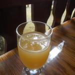 コーヒーハウス ユーコン - リンゴ ジュース