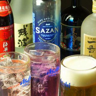 """お料理に合う多種多様なドリンク◎あの""""紹興酒""""も楽しめます!"""