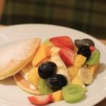 果実園 リーベル - フルーツパンケーキ