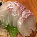 防波亭 - 浜盛り3種 820円(鯛)