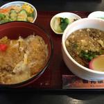 田丸屋 - 料理写真:「かつ丼セット」 ご飯少なめ