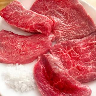 """滋賀県が誇る、極上の肉質を持つ""""近江牛""""の魅力!"""