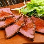 肉食家さんのハンバーグ にくきゅうグリル -
