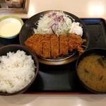 松乃家 - 得朝ロースかつ定食(400円)