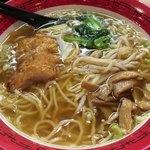 万世麺店 - 「ハーフ排骨(ぱーこー)麺&ミニ炒飯セット」1050円(税込)