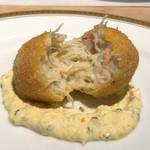 洋食 つばき - 北海道毛蟹クリームコロッケ