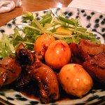 中野B級酒場 - 甲府の鳥もつ煮 しっかりした甘い味付け