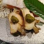 魚貝三昧 げん屋 - 煮鮑肝醤油添え