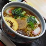 長寿庵 - 料理写真:おかめそば(700円)