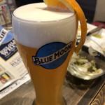 炭焼きソーセージ酒場 2KADO - ブルームーンが日本で飲めたのは感激でした!