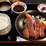 肉の丸小 - 料理写真:丸小 特選とんかつ