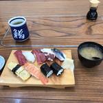 都鮨 - 料理写真:もみじ鮨。 税込1300円。 美味し。