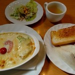 パンプキン - 料理写真:Cランチ(1000円) ドリンクとデザートも付くよ。パンのおかわりもできるよ。