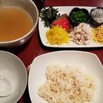 小皿bar Suya - 鶏飯ですと!すごい!