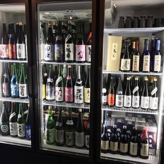 店主厳選イケてる日本酒とトンでる変態酒(常備150銘柄以上)
