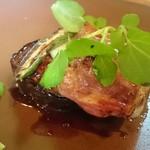 イオラシック - 山形産米沢豚赤ワインソース